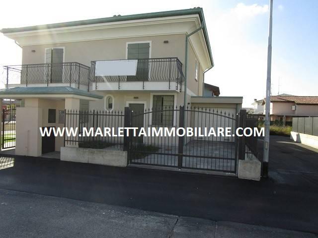 Villa in vendita a Offanengo, 4 locali, prezzo € 260.000 | CambioCasa.it
