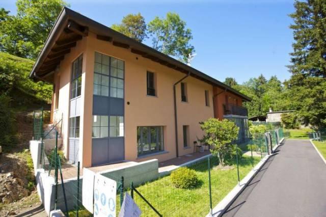 Villa a Schiera in vendita a Miazzina, 3 locali, prezzo € 260.000   CambioCasa.it