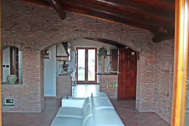 Villa in vendita a Mascali, 4 locali, prezzo € 250.000 | CambioCasa.it