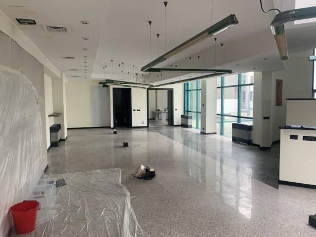 Ufficio / Studio in affitto a Rho, 6 locali, prezzo € 4.400 | CambioCasa.it