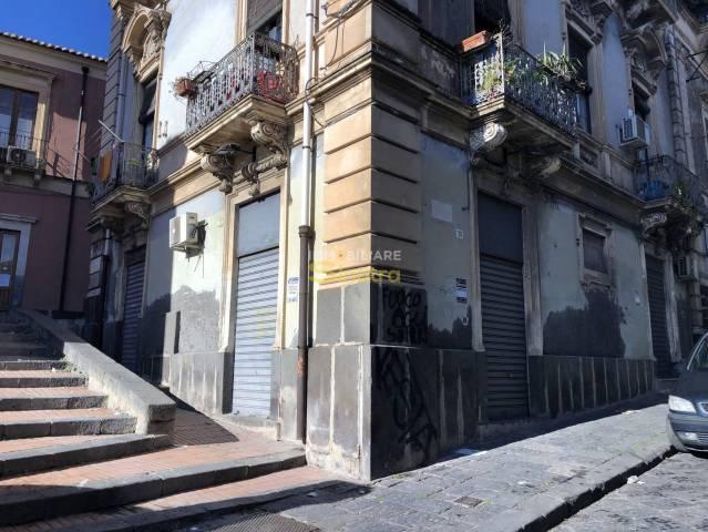 Negozio / Locale in affitto a Paternò, 3 locali, prezzo € 500 | CambioCasa.it