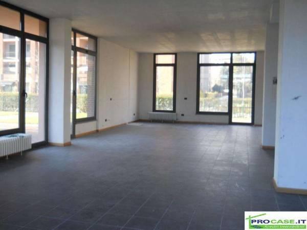 Laboratorio in vendita a Saronno, 1 locali, prezzo € 250.000 | CambioCasa.it