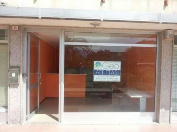 Ufficio / Studio in affitto a Ventimiglia, 2 locali, prezzo € 400 | CambioCasa.it