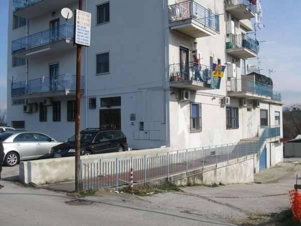 Ufficio / Studio in vendita a Caiazzo, 6 locali, prezzo € 135.000 | CambioCasa.it
