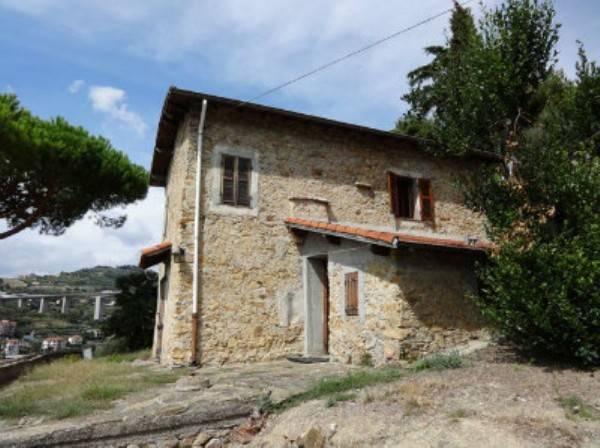 Rustico / Casale in vendita a Bordighera, 6 locali, prezzo € 360.000 | CambioCasa.it
