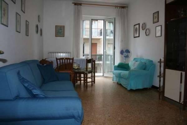 Appartamento in affitto a Alassio, 3 locali, prezzo € 550 | CambioCasa.it