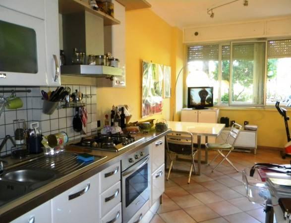 Appartamento in vendita a Gallarate, 3 locali, prezzo € 85.000 | CambioCasa.it