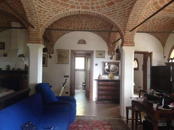 Rustico / Casale in vendita a Castenaso, 6 locali, prezzo € 360.000 | CambioCasa.it