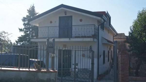 Villa in vendita a Piana di Monte Verna, 5 locali, prezzo € 152.000 | CambioCasa.it