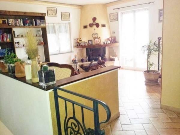 Villa in vendita a Spotorno, 6 locali, prezzo € 800.000   CambioCasa.it