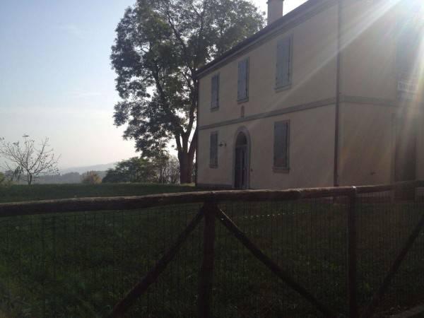 Soluzione Indipendente in vendita a Pianoro, 6 locali, Trattative riservate | CambioCasa.it
