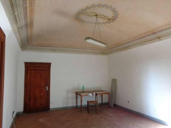 Palazzo / Stabile in vendita a Pisa, 6 locali, Trattative riservate | CambioCasa.it
