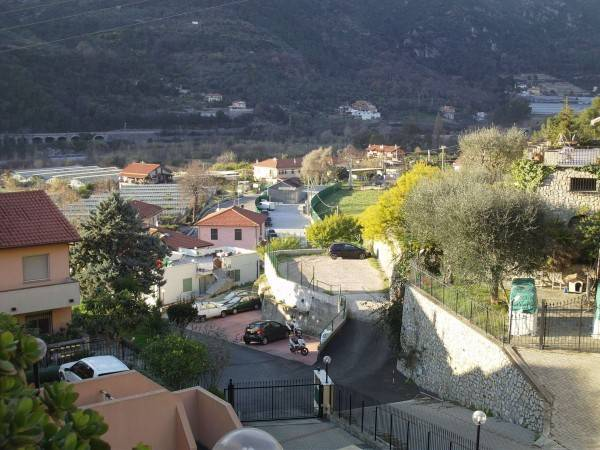 Soluzione Indipendente in vendita a Ventimiglia, 9999 locali, prezzo € 550.000 | CambioCasa.it