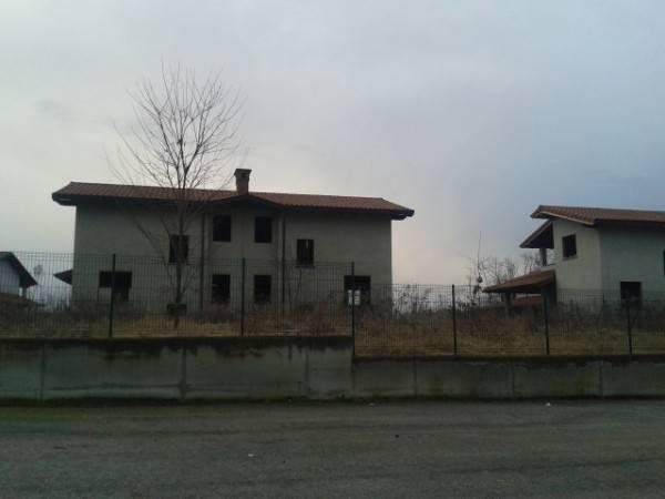 Terreno Edificabile Residenziale in vendita a Mazzè, 9999 locali, prezzo € 200.000 | CambioCasa.it