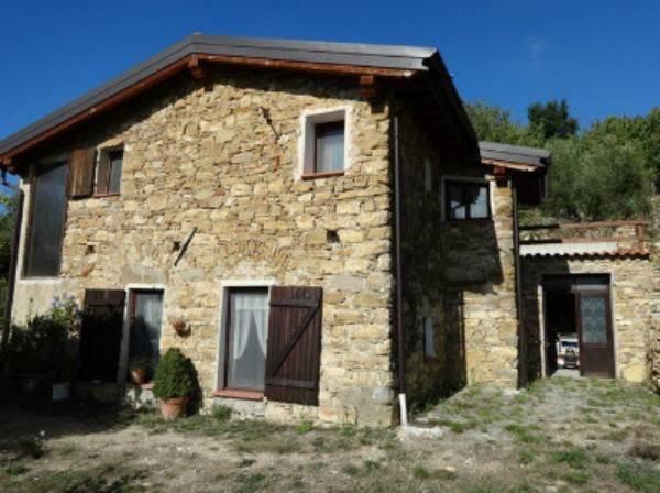 Rustico / Casale in vendita a Bordighera, 5 locali, prezzo € 275.000 | CambioCasa.it