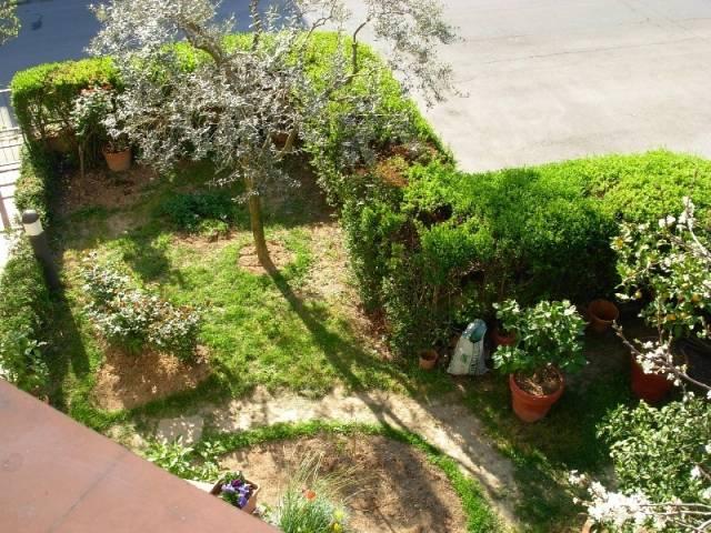 Villa in vendita a Poggio a Caiano, 6 locali, prezzo € 420.000   CambioCasa.it
