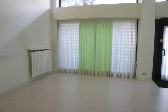 Negozio / Locale in affitto a Lissone, 1 locali, prezzo € 450 | CambioCasa.it