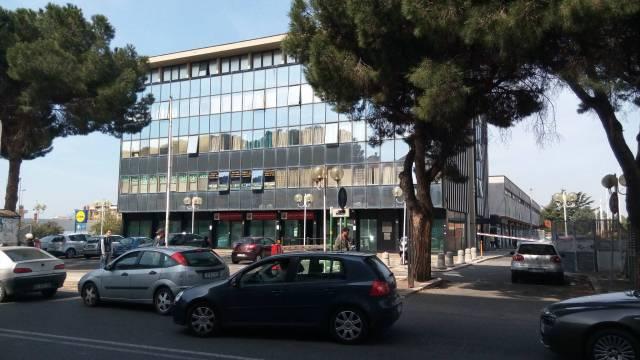 Ufficio / Studio in Vendita a Pomezia