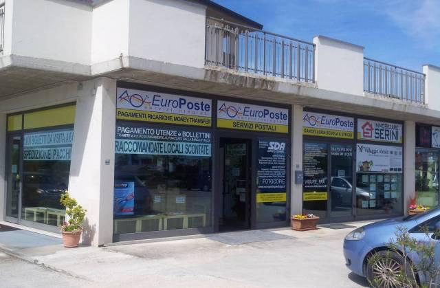 Attività / Licenza in vendita a Macerata, 2 locali, prezzo € 5.000 | CambioCasa.it