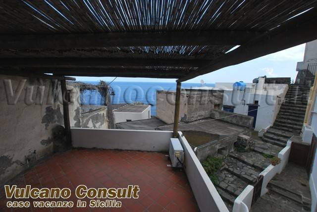 Appartamento in vendita a Malfa, 2 locali, prezzo € 170.000 | CambioCasa.it