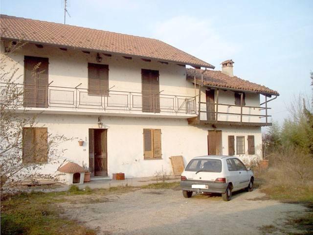 Soluzione Indipendente in vendita a Lombriasco, 5 locali, prezzo € 70.000 | CambioCasa.it