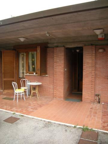Villa in Affitto a Lucca