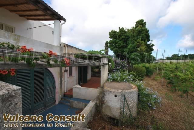 Soluzione Indipendente in vendita a Lipari, 3 locali, prezzo € 100.000 | CambioCasa.it