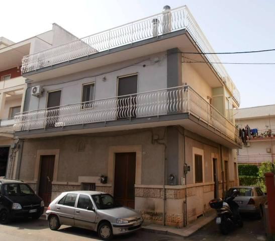 Appartamento in vendita a Bitritto, 4 locali, prezzo € 150.000 | CambioCasa.it