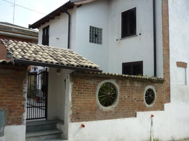 Villa in vendita a Volpeglino, 4 locali, prezzo € 240.000   CambioCasa.it