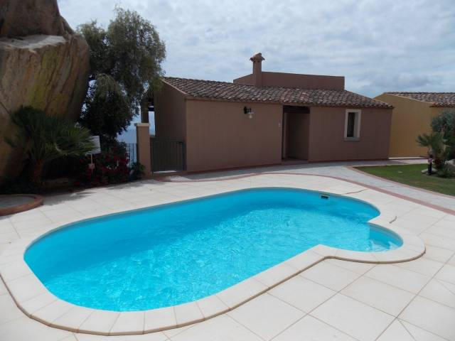 Appartamento in vendita a Muravera, 6 locali, prezzo € 300.000 | CambioCasa.it