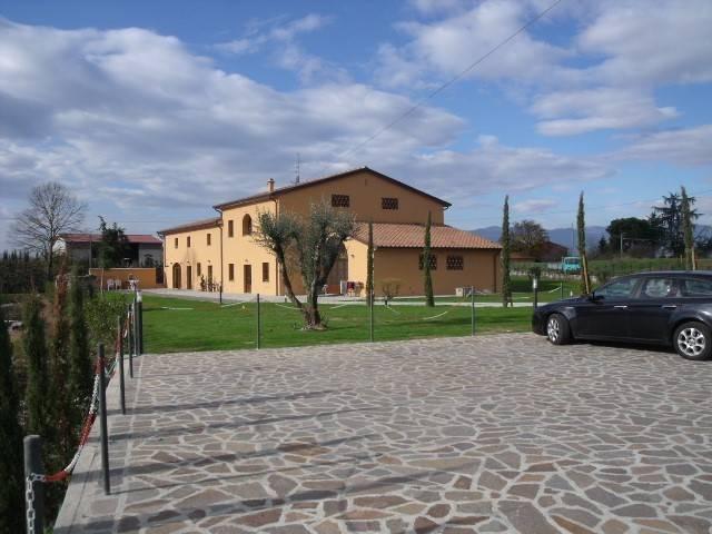 Rustico / Casale in affitto a Pistoia, 6 locali, prezzo € 850 | CambioCasa.it