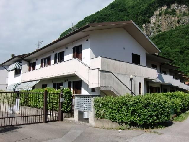 Appartamento in vendita a Asso, 2 locali, prezzo € 68.000 | CambioCasa.it