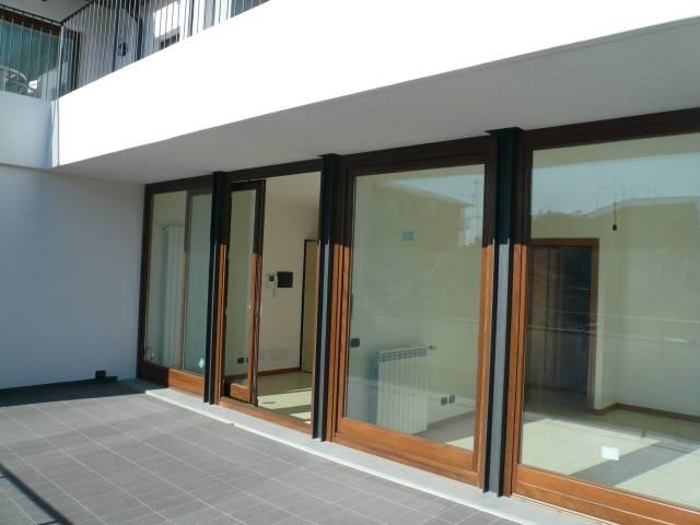 Ufficio / Studio in vendita a Bergamo, 2 locali, prezzo € 135.000   CambioCasa.it