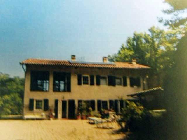 Villa in vendita a Lauriano, 5 locali, prezzo € 95.000 | CambioCasa.it
