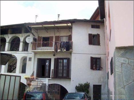 Soluzione Indipendente in vendita a Brosso, 6 locali, prezzo € 20.000 | CambioCasa.it
