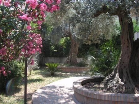 Villa in vendita a Pescara, 6 locali, prezzo € 250.000 | CambioCasa.it