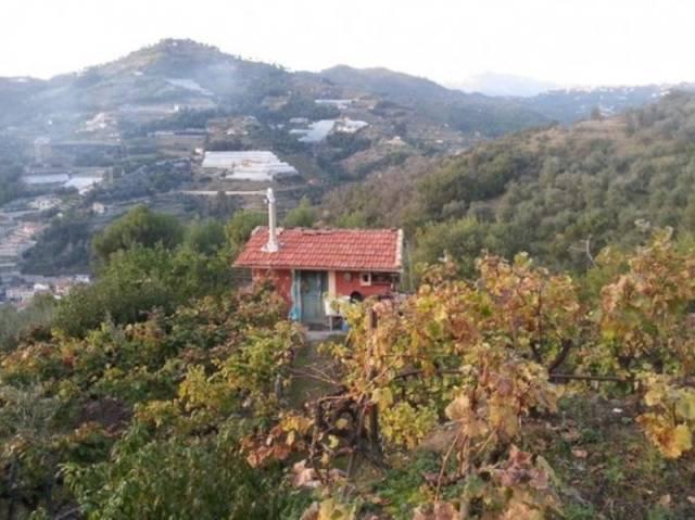Rustico / Casale in vendita a San Biagio della Cima, 2 locali, prezzo € 85.000 | CambioCasa.it