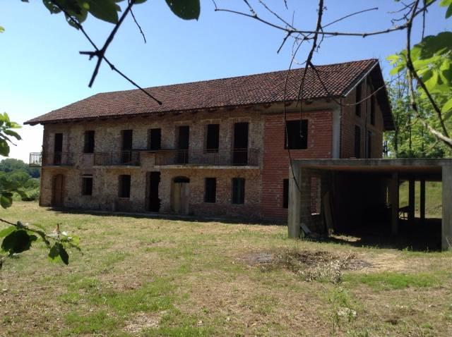 Rustico / Casale in vendita a Castelnuovo Don Bosco, 6 locali, prezzo € 147.000   CambioCasa.it