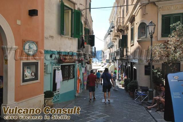 Negozio / Locale in vendita a Lipari, 1 locali, prezzo € 160.000 | CambioCasa.it