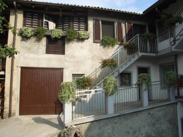 Soluzione Indipendente in vendita a Colle Brianza, 4 locali, Trattative riservate | CambioCasa.it