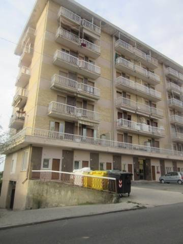 Appartamento in vendita a Rivalta Bormida, 5 locali, prezzo € 39.800 | CambioCasa.it