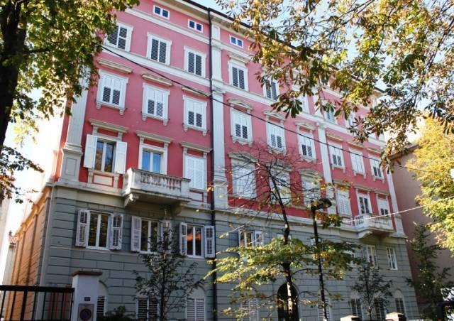 Appartamento in vendita a Trieste, 3 locali, prezzo € 78.000 | CambioCasa.it