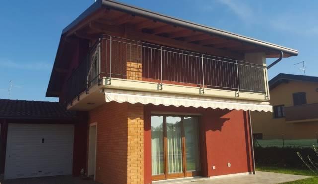 Villa in Vendita a Appiano Gentile