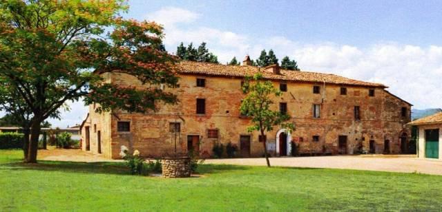Attività / Licenza in vendita a Perugia, 6 locali, Trattative riservate   CambioCasa.it