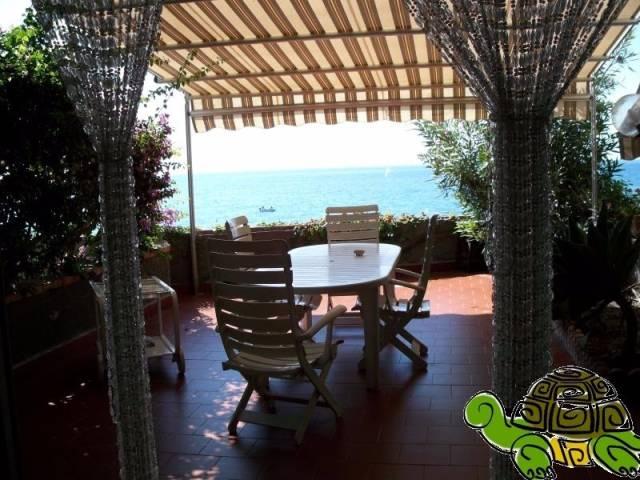 Appartamento in vendita a Forza d'Agrò, 3 locali, prezzo € 270.000 | CambioCasa.it