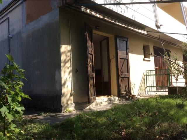 Appartamento in vendita a Monzuno, 2 locali, prezzo € 65.000 | CambioCasa.it