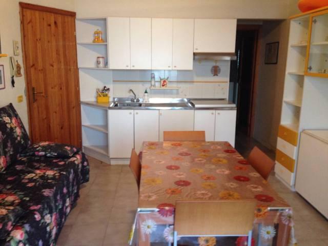 Appartamento in vendita a Sant'Alessio Siculo, 2 locali, prezzo € 130.000 | CambioCasa.it