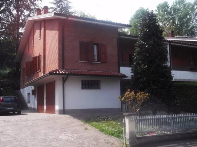 Villa in vendita a Castelvetro di Modena, 6 locali, prezzo € 315.000 | CambioCasa.it