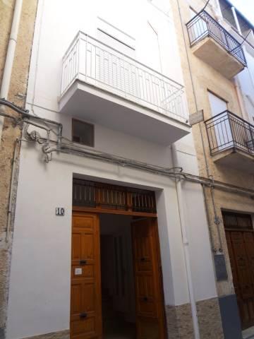 Palazzo / Stabile in vendita a Alcamo, 3 locali, prezzo € 34.000   CambioCasa.it