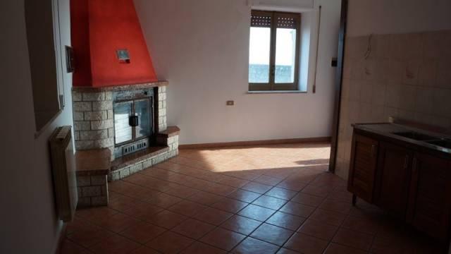 Appartamento in vendita a Alvignano, 3 locali, prezzo € 65.000 | CambioCasa.it